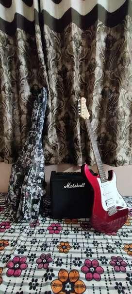 Yamaha pacifica electronic guitar with Marshall code 25 amplifier+bag