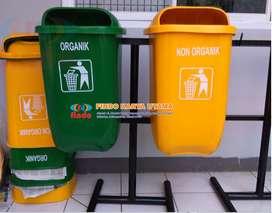 Tong Sampah Oval Gandeng Pilah Dua
