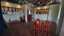 Beatniks' Music Shop, Kongba Bazar