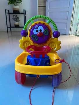 Alat belajar jalan anak (baby fush walker)