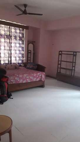 Independent 3bhk flat Hatigarh
