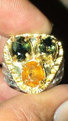 Yellow ( bi color) safir