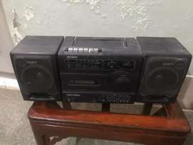 Selling this tape recorder in perfect condition 9/10