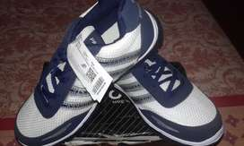 Men Sports Shoes (BRAND NEW)