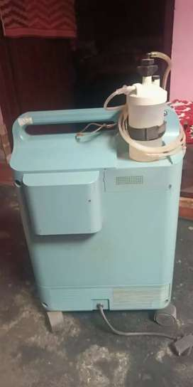 Bipap machine with heated humadif re and oxygen concentrator