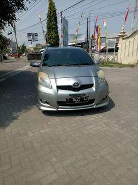 Toyota yaris s th 2011