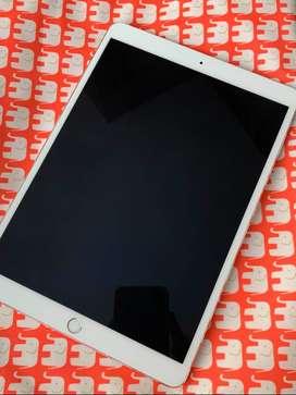 IPad Pro 10.5 inch 64GB wifi only seperti baru bs TT iPhone 12