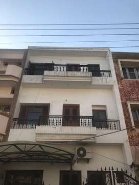 Independent 8 marla kothi in sector 22 chandigarh