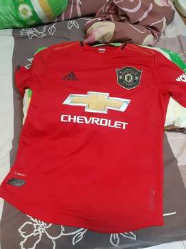 MU 19/20 player issue size S