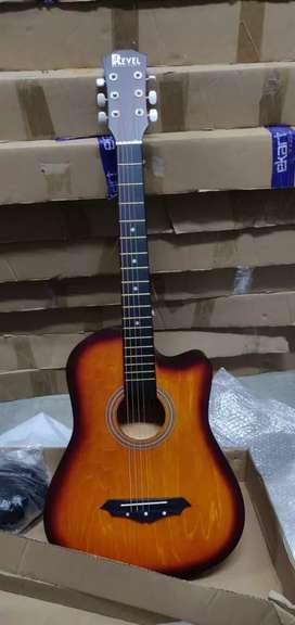 New guitars available in wholesale rate