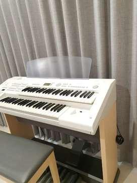 Yamaha Electone Piano ELB02