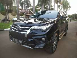 Toyota Fortuner VRZ dressed Up TRD 2016 AT Hitam Dp Ringan Siap Pakai