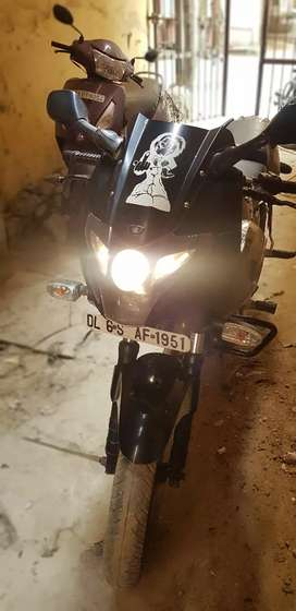 Pulsar 220 DTS-i in very good condition for sell