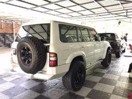 Jual Nissan Patrol Diesel TD 42/2001