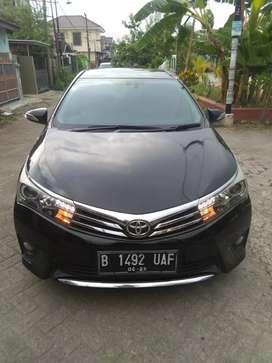 Toyota Corolla Altis 1.8 V At 2015