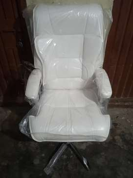 Brand new office revolving chairs for sale