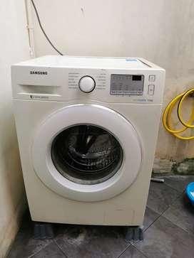 Mesin cuci eco bubble front loading 7.5k
