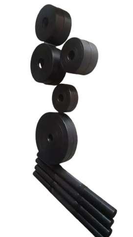 Adjustable dumbbells with spring locks