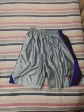 Celana pendek olahraga specs silver
