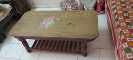 Tables for sale at rs 800 only.