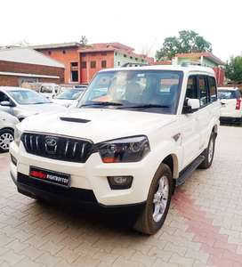 Mahindra Scorpio S10 8 Seater, 2014, Diesel