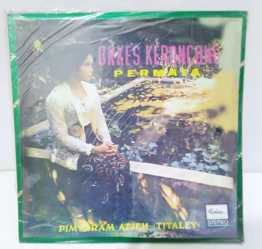 Vinyl Orkes Keroncong Permata Pim. Bram Atjeh Setangkai Bunga Mawar