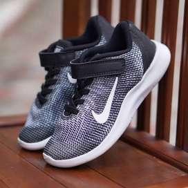 ORIGINAL Nike Sepatu Anak Kids Kid Laki-laki Slip On BNWB