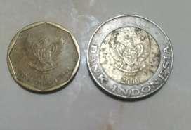 Duit uang koin logam lama 100 karapan sapi 1991 dan 1000 sawit 2000