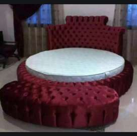 King size round bed with baikless puffy for sale