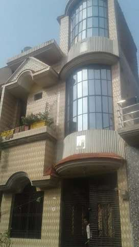 its a good n strongly built up house.