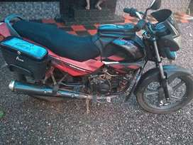 Hero honda glamour 2010 model. Well maintained and no complaints
