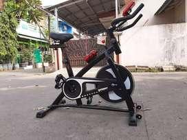 Alat Olahraga Spining Bike Terbaru / Latihan Kardio/Free Ongkir