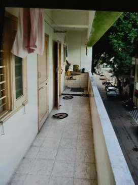 2BHK, spacious Balcony, good condition Flat at Saru Section Road