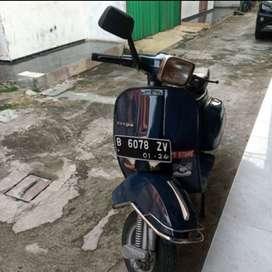 Vespa P150S th. 1982