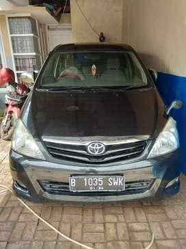 Dijual Toyota Kijang Innova 2009