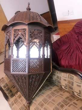 Corner lamp with mirror