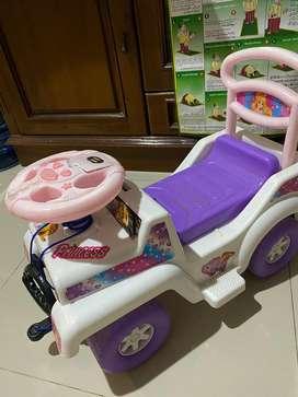 Mobil mobilan anak princess