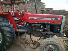 Tractor good condition sail 385.
