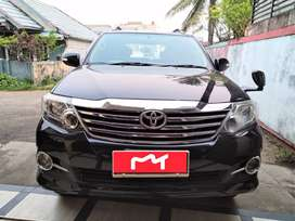 TOYOTA Fortuner V 2013 Automatic
