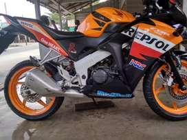 Dijual Honda CBR 150R 2012