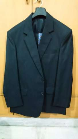 "Gents Suits for medium built 5'10""to 5'11"""