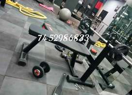Muscle monster fitness equipment