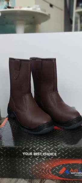Sepatu Safety Adiluc
