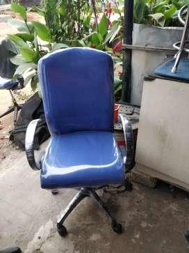 Ergotak office revolving chair