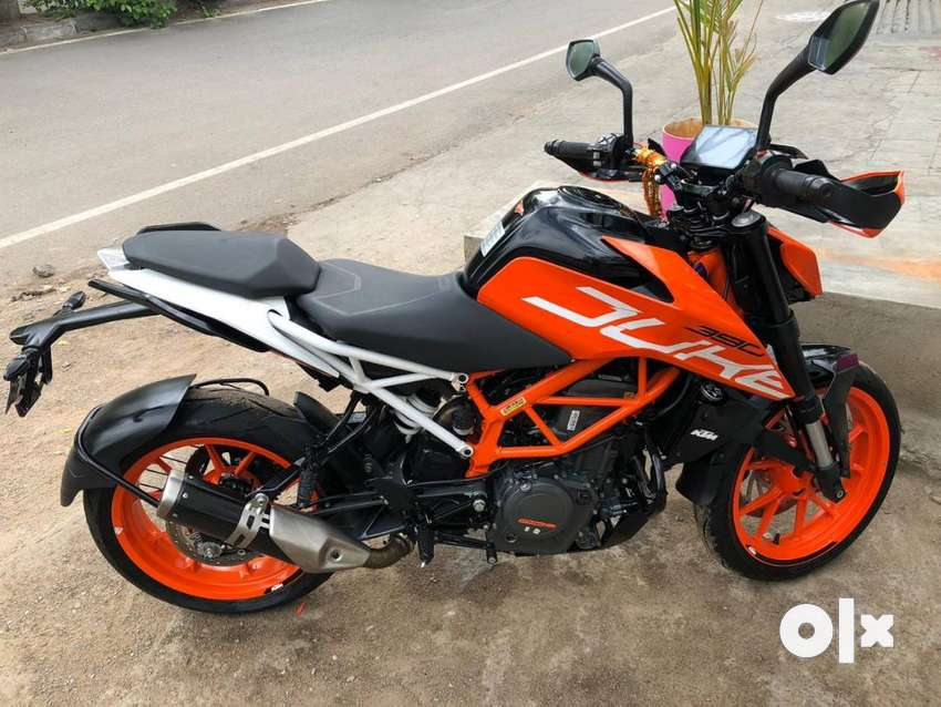 Duke 390 - used for only ~1200km - excellent condition - available 0