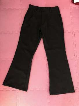 Celana cutbrey hitam