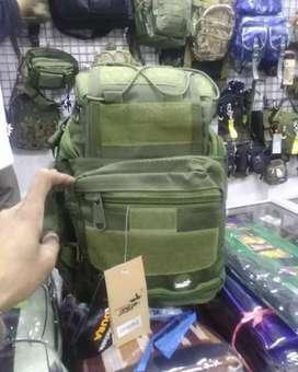 Tas selempang import hijau army