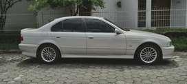 jual mobil BMW 520i tahun 2001 matic bensin
