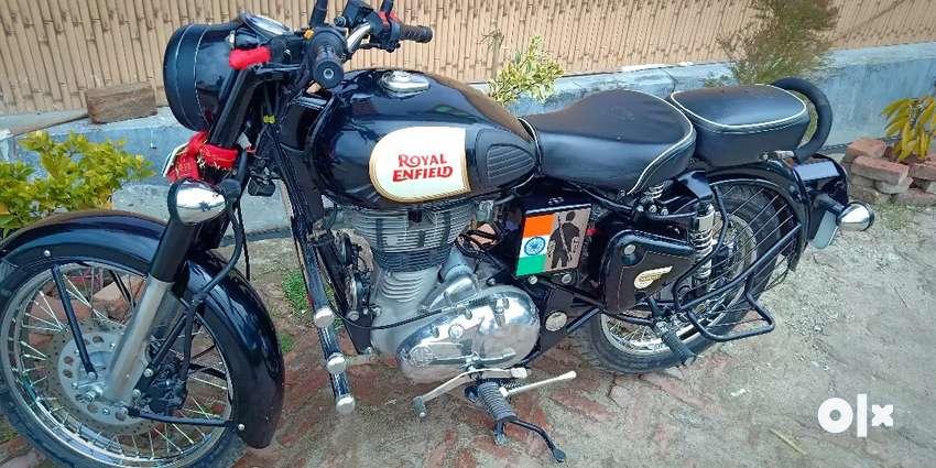 Classic 350.untouch bike.showroom se Jada acchi condition. 0