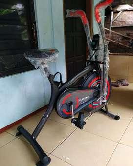 Sepeda statis platinum bike multifungsi For terapi